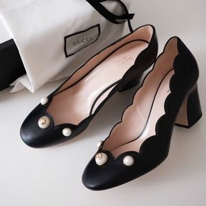 GUCCI Willow Scalloped GG Pearl Mid-Heel Pumps